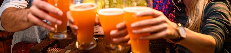 Mo's Irish Pub Happy Hours