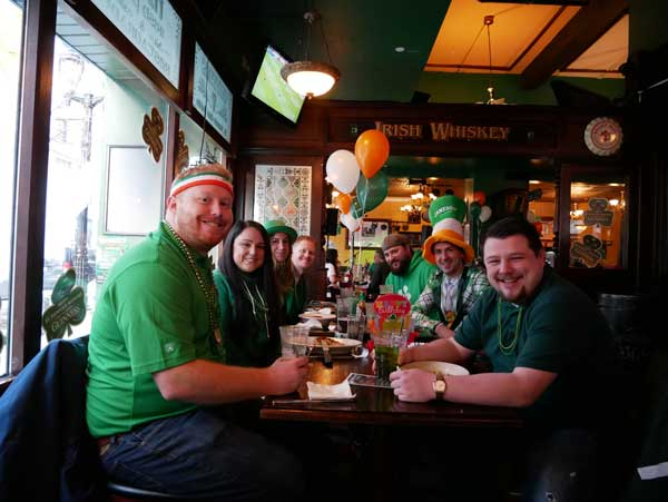 mo's-downtown-mke-st-paddys