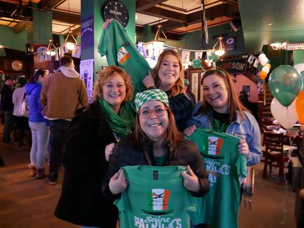mo's-irish-pub-st-pattys-mke